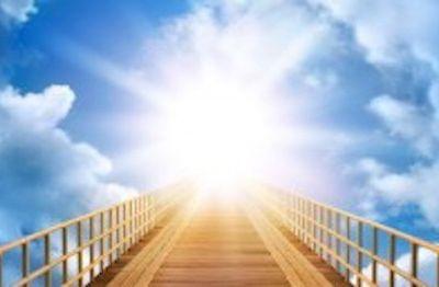 image_1219450_20150409_ob_f3fb9b_au-dela-jpg Fête de l'Ascension : symbolique et activation.